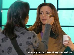 A atriz pouco antes de entrar em cena (Foto: Flor do Caribe/TV Globo)