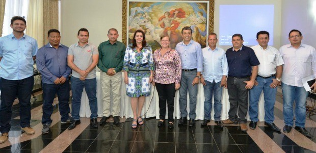 Governadora quer parceria entres prefeitos dos municípios (Foto: Divulgação/ Secom)