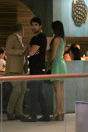 Mariana Rios e o namorado, Patrick Afonso Bulus, em shopping na Zona Sul do Rio (Foto: Ag. News)