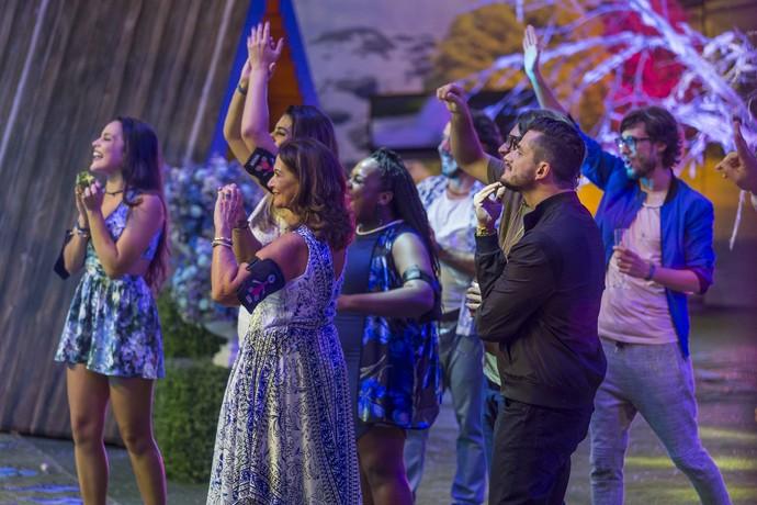 Alguém duvida que eles adoraram o show? (Foto: Artur Meninea/Gshow)