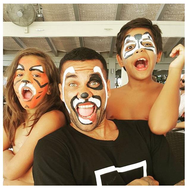 Daniel Alves Dia das Crianças
