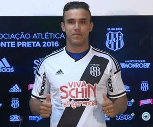 Pottker Atacante Ponte Preta Macaca (Foto: Reprodução / EPTV)