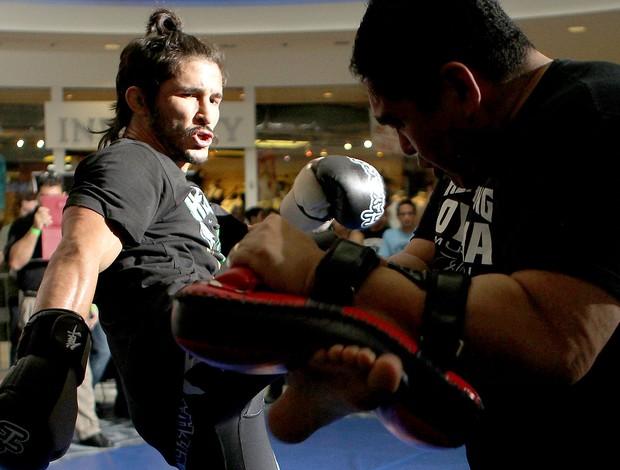 Ian McCall no treino do UFC (Foto: Getty Images)