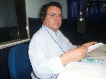 Jornalista e radialista Altair Ramalho morreu durante uma cirurgia nesta terça-feira (24) (Foto: Divulgação/Plantão Cidade)