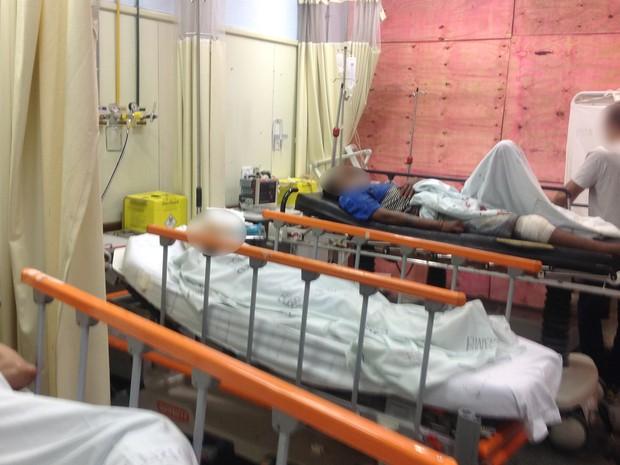 No Albert Schweitzer, pacientes dividem espaço com tapumes (Foto: Cremerj/ Divulgação)