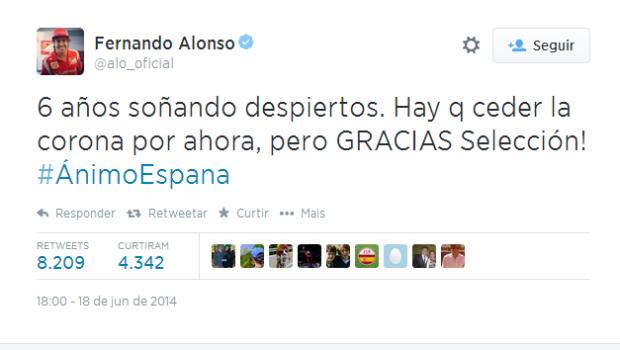 Fernando Alonso apoia seleção espanhola (Foto: Reprodução)