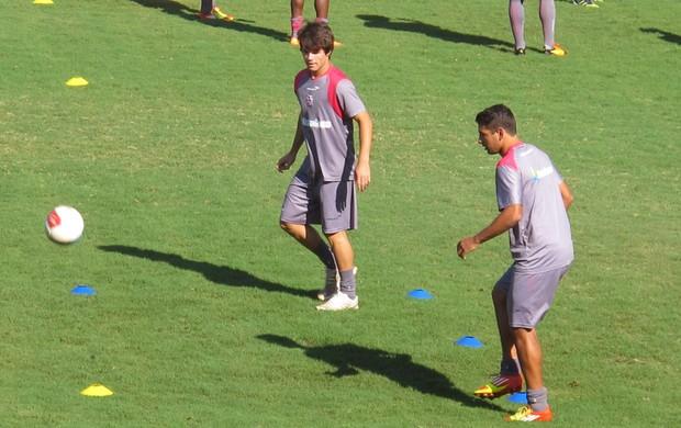 Renato Augusto e Diego Souza no treino Vasco (Foto: Gustavo Rotstein / Globoesporte.com)