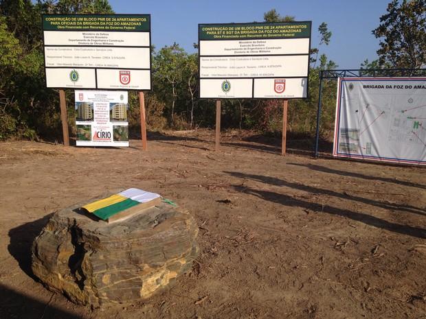 Houve cerimônia de lançamento da Pedra Fundamental da Brigada da Foz (Foto: Cassio Albuquerque/G1)