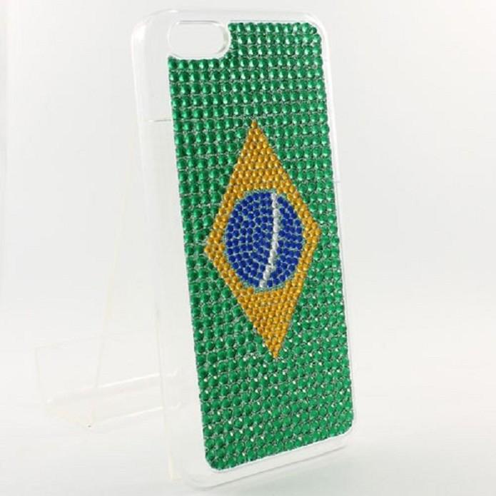 Capa vem com bandeira do Brasil (Foto: Divulgação)