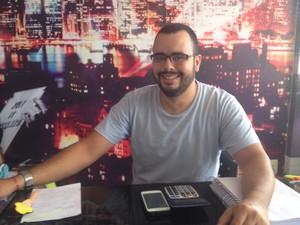 João Pereira, agente de turismo  (Foto: John Pacheco/G1)