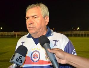Marcos Birigui, técnico do Vilhena (Foto: Lauane Sena)