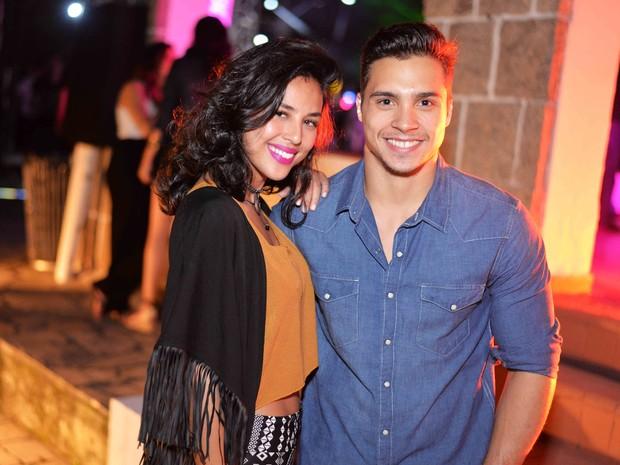 Yanna Lavigne e ginasta Petrix Barbosa em festa no Rio (Foto: Ari Kaye/ Divulgação)
