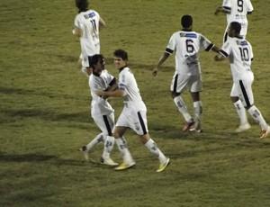 Eduardo Luiz comemora gol do Comercial (Foto: Gabriel Lopes / Comercial FC)