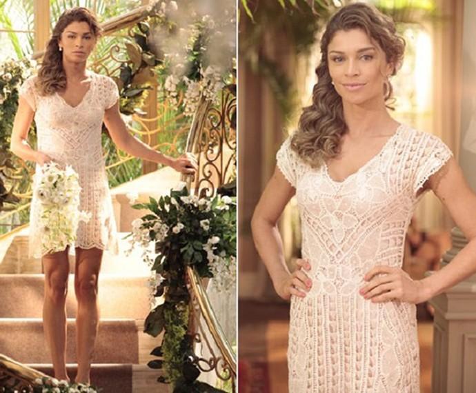 Vestido de Ester é bem curtinho e rendado (Foto: Flor do Caribe /  Tv Globo)