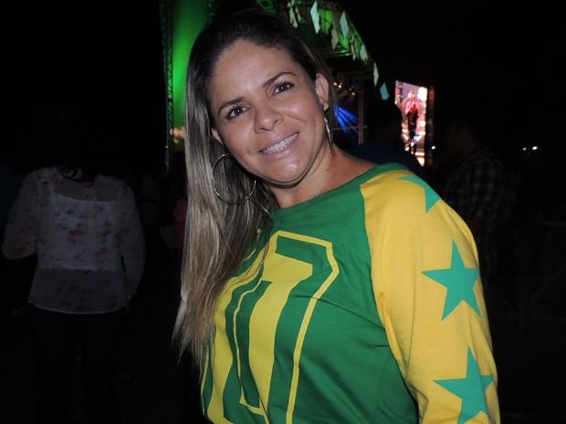 Empresária Adriana Souza comentou que está ansiosa para a Copa do Mundo.  (Foto: Luna Markman / G1)