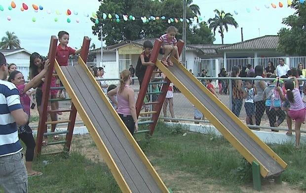 Projeto tem como foco o público infantil e o resgate de brincadeiras. (Foto: Acre TV)