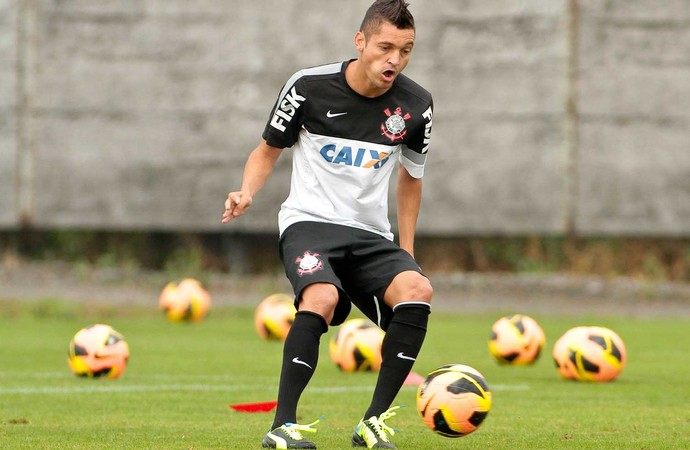 Diego Macedo treino Corinthians (Foto: Daniel Augusto Jr / Agência Corinthians)