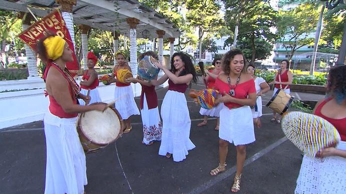 Maracatu Ventos de Ouro na luta pelo empoderamento feminino (Foto: TV Bahia)