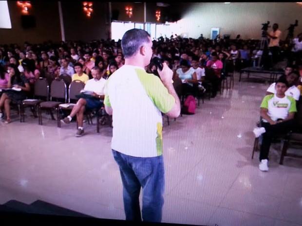 Estudantes tiveram acesso gratuito à revisão realizada pela Seduc (Foto: Reprodução/TV Clube)