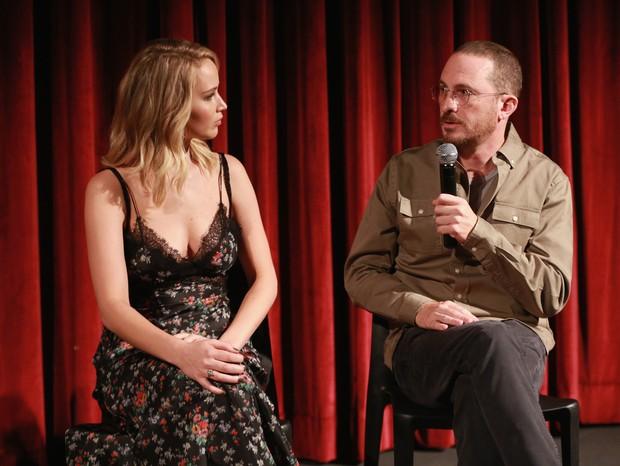 Jennifer Lawrence e Darren Aronofsky (Foto: Getty)