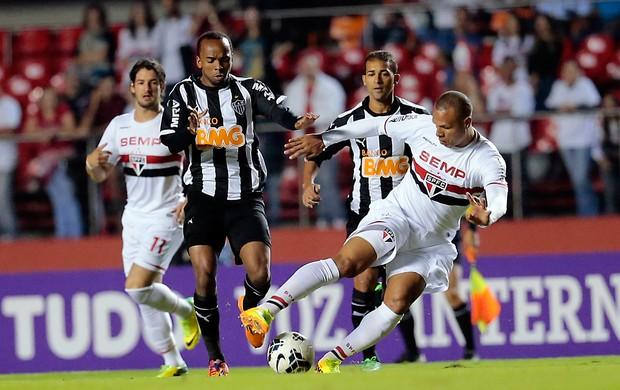 Luis Fabiano São Paulo x Atlético-MG (Foto: Leandro Martins / Futura Press)