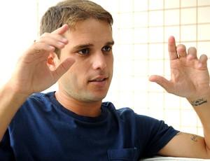 9d06c81a79 Entrevista Nélio