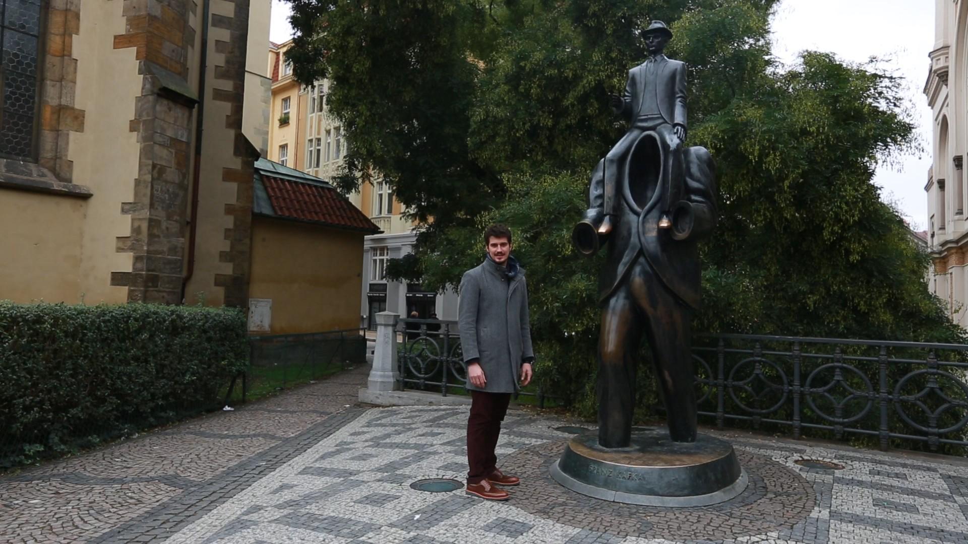 Pedro Vedova em Praga (Foto: GloboNews)