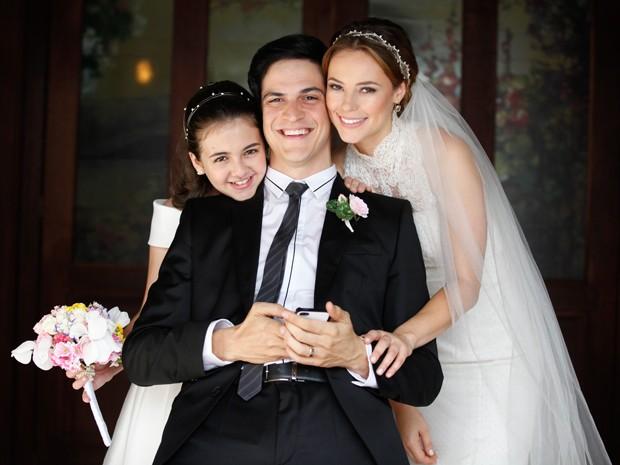 Agora o clique do trio para as nossas câmeras (Foto: Amor à Vida/TV Globo)