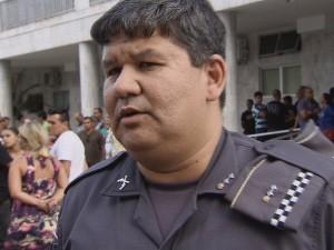Major da PM de São Vicente lamentou morte do amigo (Foto: Reprodução/TV Tribuna)