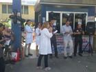 Servidores apontam problemas no Oswaldo Cruz durante ato no Recife