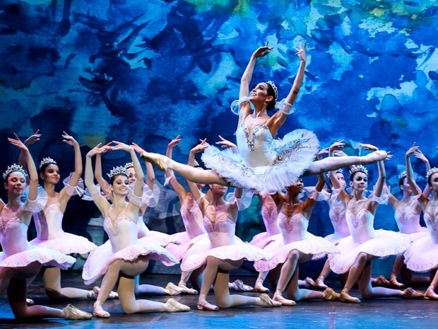 G1 - Com títulos internacionais, bailarina de 19 anos é contratada ... a37a51ee0f