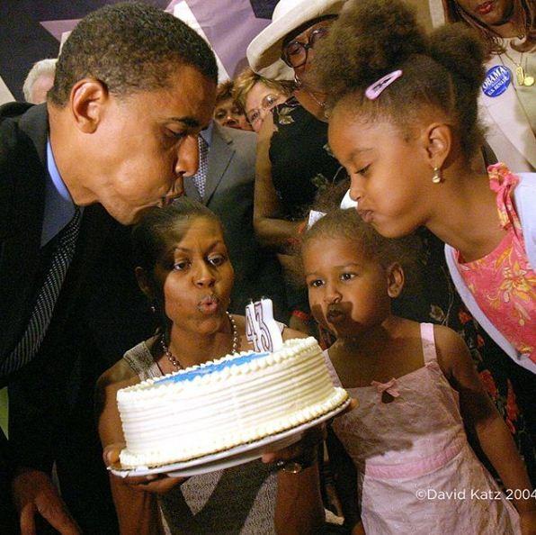 Barack no aniversário de 2004 (Foto: Reprodução/ Instagram)