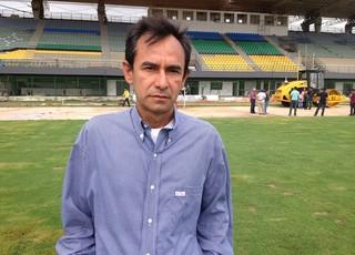 Isaltino Júnior, secretário de estado de infra-estrutura (Foto: Cassio Albuquerque/GE-AP)