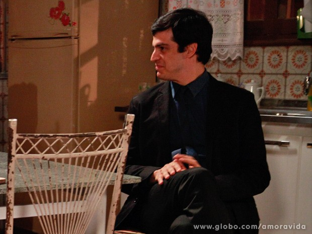 Félix fica chocado com sua nova realidade (Foto: Ellen Soares/ TV Globo)