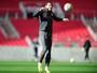 Inter respalda Rak por segurança na lateral, mas jovem tem lugar incerto