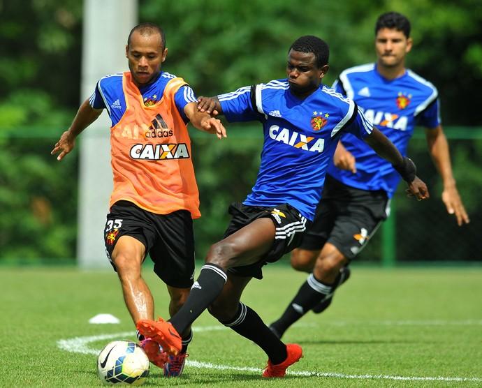 Ananias Sport (Foto: Aldo Carneiro / Pernambuco Press)