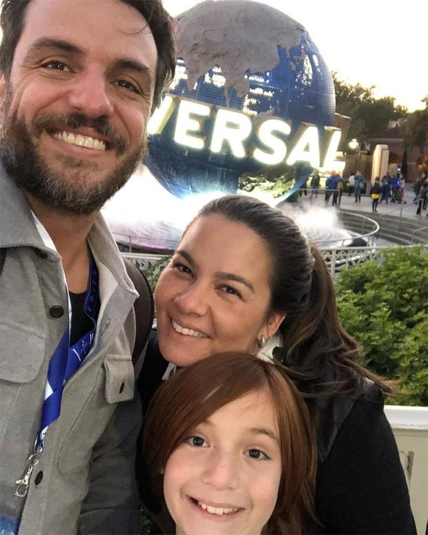 Rodrigo Lombardi, Betty Baumgarten e Rafael (Foto: Reprodução/Instagram)