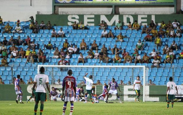 Sampaio e Maranhão, pelo Maranhense, no Nhozinho Santos (Foto: De Jesus/O Estado)