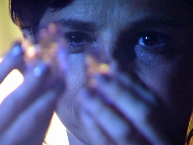Megera quer ter em mãos as outras partes do diamante (Foto: TV Globo)