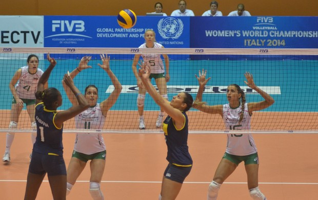 brasil x bulgaria fabiana dani lins grand prix volei (Foto: FIVB)