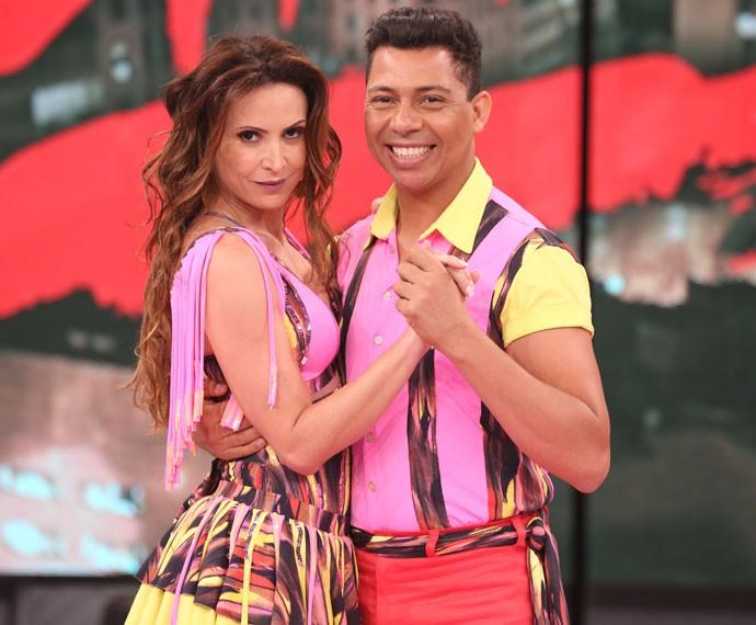 Maurren Maggi e Roberto Mota arrasam no palco do Domingão (Foto: Carol Caminha / Gshow)