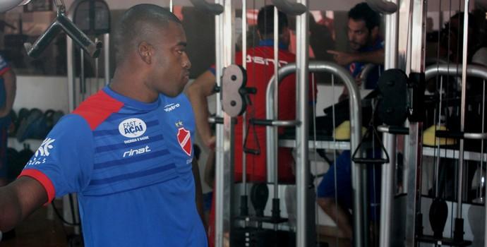 Gustavo Geladeira - Vila Nova (Foto: Fernando Vasconcelos / GloboEsporte.com)
