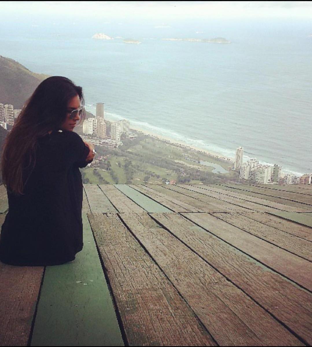 Mariana Rios relembra fotos antigas (Foto: Reprodução/Instagram Stories)