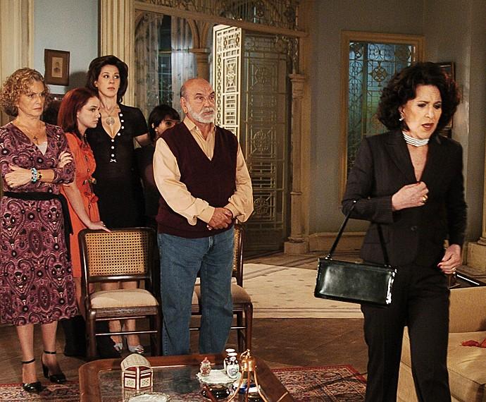 Na novela 'Belíssima', Ada Chaseliov interpretou a personagem Ester (Foto: Márcio de Souza / TV Globo)