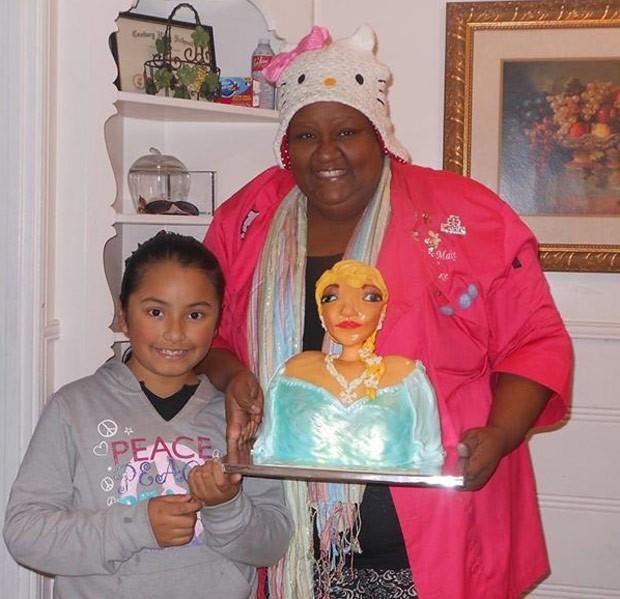 Bolo havia sido encomendado para o aniversário da menina Briana (Foto: Reprodução/Facebook/Let's Make a Cake)
