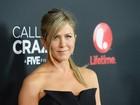 Jennifer Aniston se irrita com boatos de gravidez: 'Estou farta'