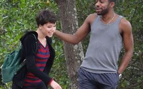 Reta final: Lázaro Ramos e Bruna Linzmeyer gravam cenas na Lagoa