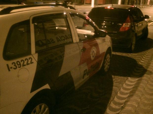 Carro que menor conduzia havia sido roubado horas antes em Cubatão (Foto: G1)