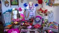 Aumenta a busca por fantasias de carnaval no comércio do Recife