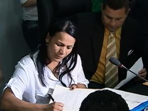 Ela teria pedido a desfiliação, mas havia retornado ao partido antes da posse. (Foto: Reprodução/ TV Asa Branca)